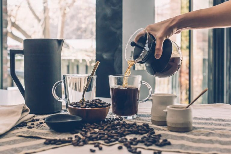 Too much coffee causes lack of deep sleep
