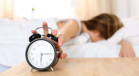 40 year old woman difficulty waking up after not sleeping