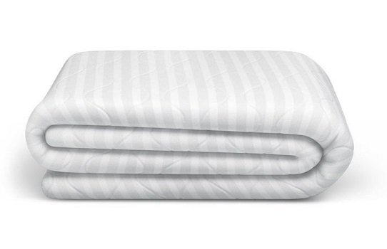 very durable and protective mattress protector