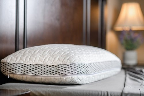 Luxome LAYR Pillow Review